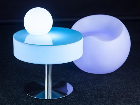 LED Indoor Outdoor Furniture RGBW Wi-Fi bench Alive! LEDZ Apple Seat